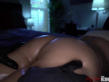 Ebony Latina Sadie Santana Sucks a Huge Dick Before Cramming It in Her Cunt